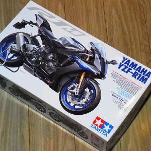 1/12 ヤマハ YZF-R1M【タミヤ バイク Item14133】|barchetta