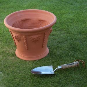 英国 ウィッチフォード アイシクル ポット 直径23センチ(約7.5号鉢)のテラコッタ/送料無料/|baroness