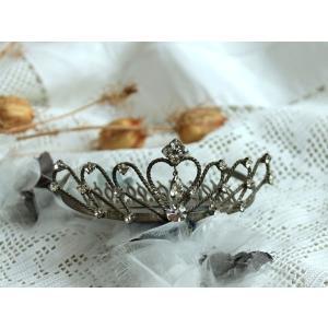 ■size 幅=10cm 奥行=8.5cm 高さ=3.5cm  幸せいっぱいの花嫁の頭を飾ってきたテ...