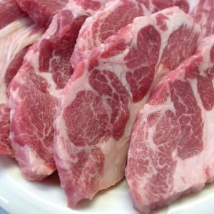 焼肉 ジンギスカン 羊肉 生ラム 肩ロース 200g 冷蔵チルド・真空パック 自家製タレ付属 (BBQ バーベキュー 焼き肉)|bbq
