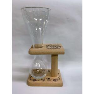 パウエルクワックをおいしく飲む専用グラス グラス高さ26cm 台の直形11cm