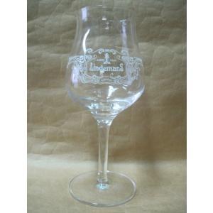 リンデマンス各種を美味しく飲む専用グラスです。 高さ21cm 直径6.5cm 容量ライン25cL