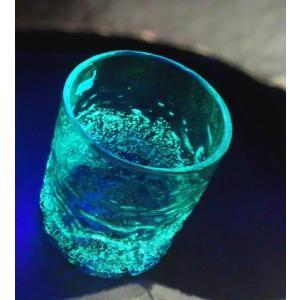 沖縄伝統工芸 ギフトに最適です 沖縄伝統の琉球ガラスから、出来ています。 蓄光で 光を蓄え暗闇でほん...