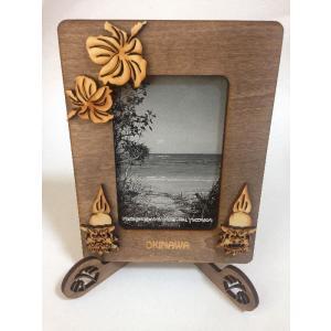 沖縄フレーム 木彫り シーサー写真立て  立て型  沖縄雑貨 ハイビスカス しーさーフレーム 新作 beachstylemarineblue