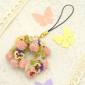 ビーズキット モチーフ モモイロシロツメクサの花冠ストラップorブローチ  ビーズマニア|beadsmania-shop