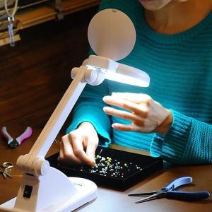 ビーズ作業 拡大鏡 ビーズアクセサリー作業 卓上スタンドルーペ コード式蛍光灯ライト付 TypeA|beadsmania-shop