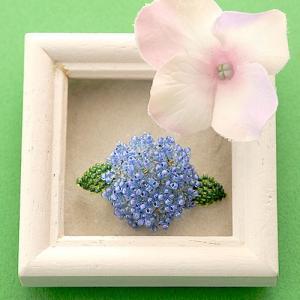 ビーズ キット レシピ Hydrangea 紫陽花ブローチ ブルー  雨の日特集|beadsmania-shop