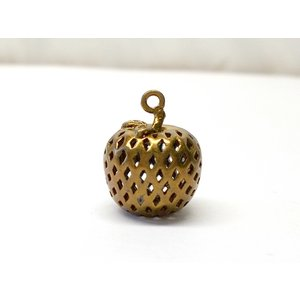 リンゴ 14x12mm|beadsshopj4
