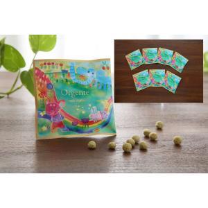子供用 無添加 パフ お菓子 化学農薬不使用 砂糖や食塩不使用 Orgente PUFF グリーン ケール&小松菜 7袋入り|beans-japan