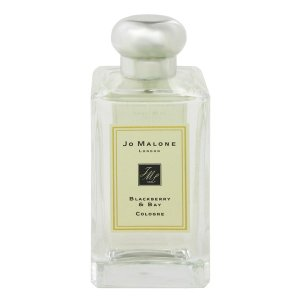 2012年に発売されたレディス香水。ブラックベリーとベイ・リーフ(ローリエ)をメインとしたこの作品は...