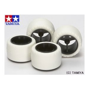 (最大500円OFFクーポン 9/30 23:00まで)タミヤ TAMIYA ミニ四駆グレードアップパーツ GP.415 スーパーX・XXカーボン小径ホイール&バレルタイヤ(ホワイト)|beautyfactory