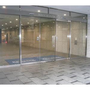 強化ガラスドア(規格外)スライドドア本体+下錠前 W1000×H2200までで規格以外|befound