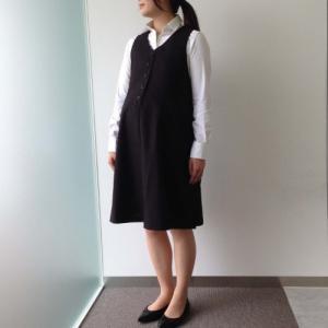 マタニティさんの制服・事務服としても 左胸ポケット付き前開き...