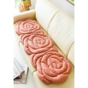 バラのもこもこ立体クッション 「シートクッション」の写真
