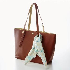 """4cbec721a317 バッグ カバン 鞄 レディース ミニラボ プリント生地飾り付きトートバッグ""""刺繍のようなお花畑"""" カラー 「キャメル」"""