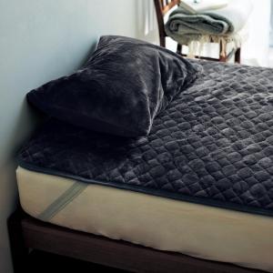 敷きパッド 布団カバー シーツ ダブル 140×200 洗える 暖かい おしゃれ 安い 中綿入り 冬 秋 ふわふわ ふかふか なめらか もこもこ 寒がり メルトロ|bellemaison