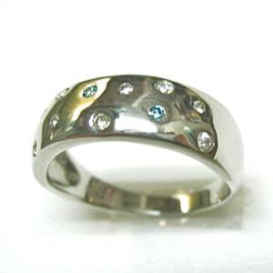 プラチナ900 ダイヤモンド ブルーダイヤモンド スターダストリング|bellhouse-suzuya