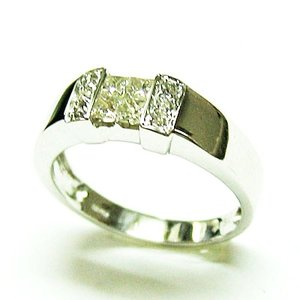 k18ホワイトゴールド ミステリーセッティング ダイヤモンドリング|bellhouse-suzuya