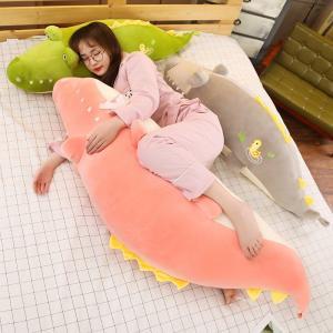 ぬいぐるみ 鰐 わに 抱き枕 インテリア 大きい ふわふわ 昼寝 誕生日ギフト 110センチ|beluhappines