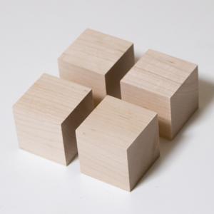 川島材木店 スピーカー用キューブ プレーヤー台 バーチ材 (4個1セット)|beniyamokuzaicom