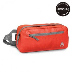 NIXON(ニクソン) FOUNTAIN SLING PACK II (ファウンテンスリングパックツー) 4.3L Red Pepper/Charcoal(レッドペッパー/チャコール)|beside-mountain