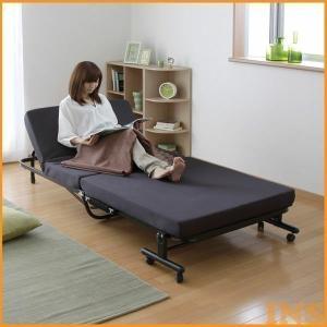 14段階リクライニング機能が付いた高反発ウレタンを使用した折りたたみベッドです。従来品よりも再生ウレ...