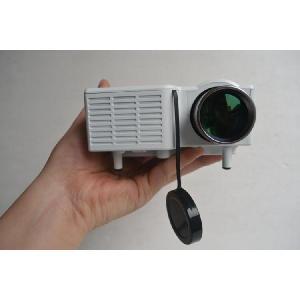 [送料無料] iPhone,iPad対応 LED小型ポータブルプロジェクター UC28 HDMI/AV/USB/SD/VGA対応 -白ホワイト [商品番号:140]|bestsupplyshop|02