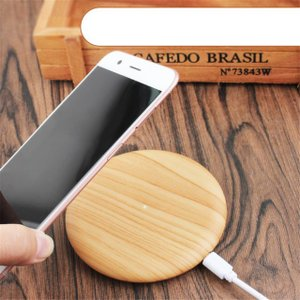 天然木の質感が心地よい 木製置くだけ充電 ワイヤレス充電器Qiチャージャー ナチュラルウッド for iPhone Xs / 8(Plus) / Galaxy Note8/S8 etc..|bestsupplyshop