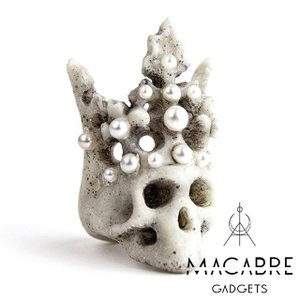 Macabre Gadgets マカブルガジェッツ PEARL CROWN RING パールクラウンリング|beyondcool