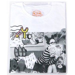 安室奈美恵 25th ANNIVERSARY LIVE/#COMIC geek.Tシャツ(ホワイト) 白(L)◆新品Ss【ゆうパケット非対応/送料680円〜】【即納】 bii-dama