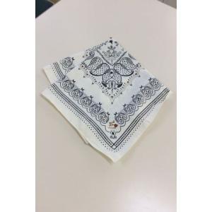 LOUNIE LOUNIE 白×柄スカーフ サイズ44×45cmほど bimota