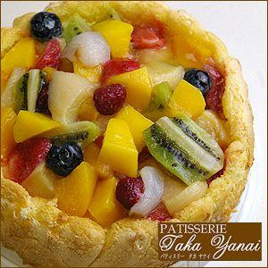 たっぷりフルーツのトルテ・ホールケーキ・パティスリー『TakaYanai』 bishokuc