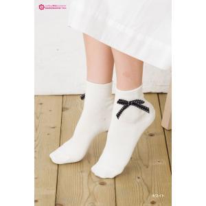 Black & White リボン付き ロークルーソックス bisokuhanamai 02