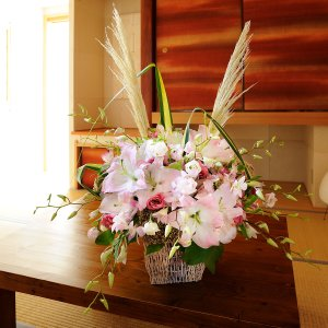 デザイナーズフラワーSサイズ プリティ系(ピンク) (2万円コース)|biz-hana
