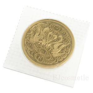 日本で初めての記念金貨である「昭和天皇御在位60年記念100,000円金貨」です。  昭和61年発行...