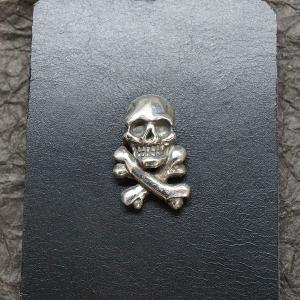 ブラックチェイサー『クロスボーンスカルピンズ-I』/BlackChaser『CrossBoneSkullPins-I』|blackchaser