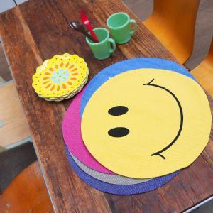 ランチョンマット おしゃれ スマイル ニコちゃんマーク グッズ ニコちゃん にこちゃん 子供 キャラクター 丸 円形 5カラー|blueism-y
