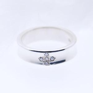 指輪 ダイヤモンド クロス プレゼント 細 シルバーリング 刻印 名入れ|bluelace