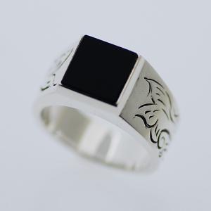 メンズ 指輪 印台リング 刻印 ネーム入れ 天然石 オニキス ブラック 唐草 アラベスク NM シルバー925|bluelace