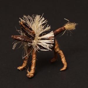 アフリカ ケニア バナナファイバー アニマル 動物 ライオン (Sサイズ) 置き物|bogolanmarket