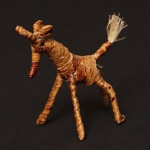 アフリカ ケニア バナナファイバー アニマル 動物 キリン (Sサイズ) 置き物|bogolanmarket