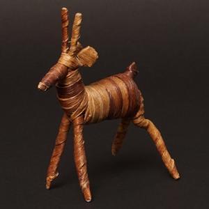 アフリカ ケニア バナナファイバー アニマル 動物 ガゼル (Mサイズ) 置き物|bogolanmarket
