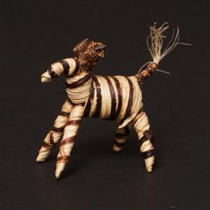 アフリカ ケニア バナナファイバー アニマル 動物 シマウマ (Sサイズ) 置き物|bogolanmarket