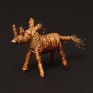アフリカ ケニア バナナファイバー アニマル 動物 サイ (Sサイズ) 置き物|bogolanmarket