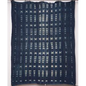 アフリカ ブルキナファソ 藍染め古布 No.3 藍染絞り 絞り染め 飾り布|bogolanmarket