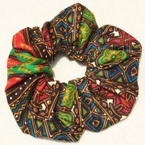 アフリカンワックスプリント シュシュ No.19 パーニュ アフリカ布 ヘアゴム ヘアアクセサリー |bogolanmarket