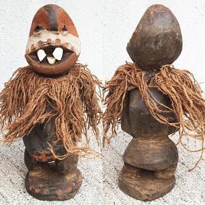 アフリカ ケニア カンバ 出っ歯人形 No,3 置物 オブジェ アート プリミティブ  木彫り|bogolanmarket