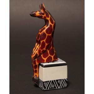 アフリカ ケニア お座りアニマル Mサイズ(キリン) 木彫り 置き物|bogolanmarket