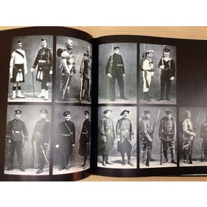 洋書 制服 軍服/Brassey's Book of Uniforms/Tim Newark/Brasseys Uk Ltd 【送料300円】|books-ohta-y|04