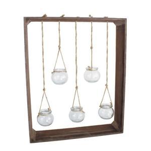 商品説明:木の枠から麻ひもで吊るされた小さな丸いガラスがかわいらしいアイテムです。 エアプランツや野...